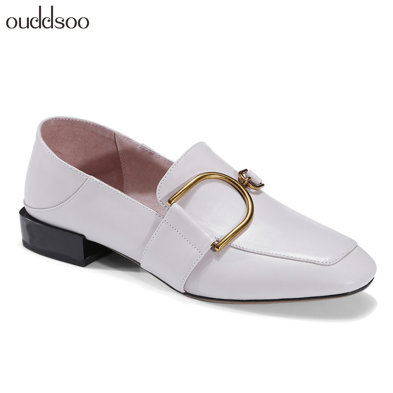 2018 spring and autumn new leather single shoes British retro square head small shoes low heel flat belt buckle women's shoes ladies shoes 2018 spring british style multicolor leather shoes square head slope thick soles shoes fashion fit flat shoes