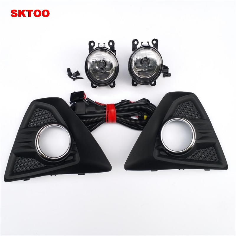 SKTOO Lower Bumper 2 Pcs Right/Left  Fog Light Grille + 2 Pcs Lamp Kit for Ford Focus Hatchback 4 door 2009-2013 one pair protective front left right bumper fog light lamp grille covers for a udi a8 s8 q uattro d3 2006 2007 2008