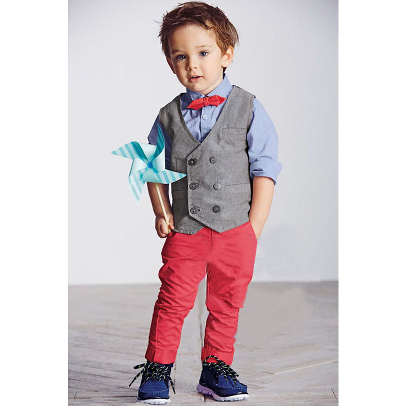 For boys, keep him cozy in the cuddly coveralls and rompers featuring friendly cartoons characters. Give him preppy style with sweaters and polo shirts. For special occasions, look for baby boy's suits and tuxes for your dapper little guy. Baby essentials and gear make the perfect presents for the expectant mom.