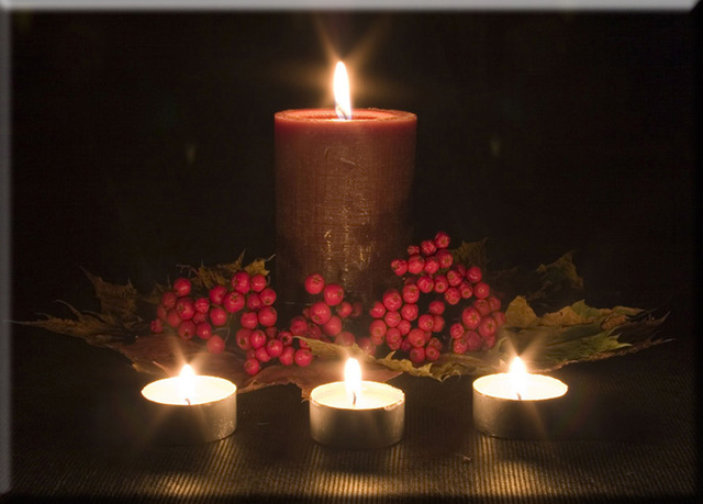 Wall Art with LED Lights Canvas Print Lighted Candle pinturas 4 candles stretched and & Wall Art with LED Lights Canvas Print Lighted Candle pinturas 4 ...