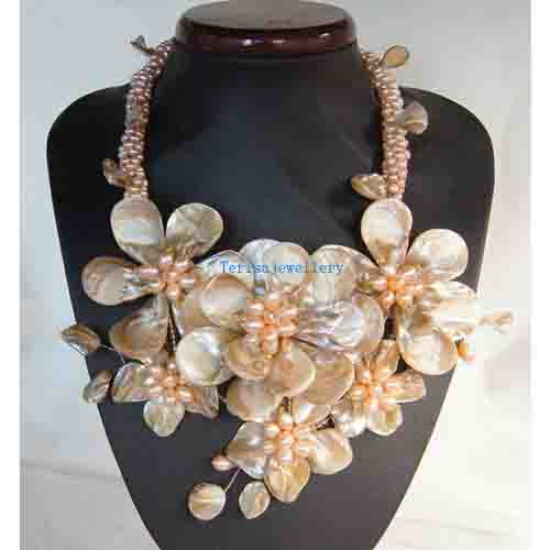 Unique Pearls jewellery Store Wired Flower Necklace With Freshwater Pearl Mop Shell Quartz Jewelry Charming Women Gift FN503Unique Pearls jewellery Store Wired Flower Necklace With Freshwater Pearl Mop Shell Quartz Jewelry Charming Women Gift FN503