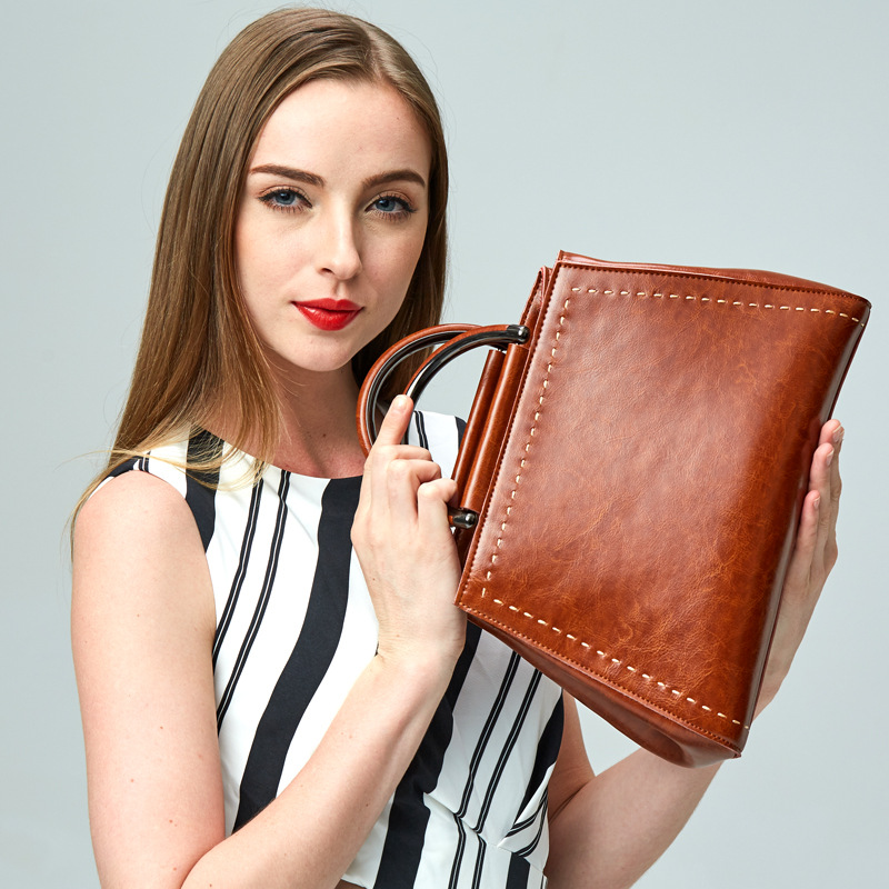 все цены на Genuine leather bag ladies New 2017 shoulder bag famous brand women messenger bags for women handbag bolsas designer