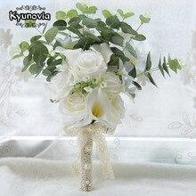 Kyunovia Boho kwiaty ślubne dla nowożeńców Mini druhna bukiet prawdziwy dotyk biały Calla lilie bukiet ślubny dla nowożeńców FE100