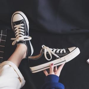 Image 2 - Femme chaussures baskets nouvelle mode femmes chaussures chaussures plates décontracté solide toile classique solide couleur bonbon femmes décontracté baskets