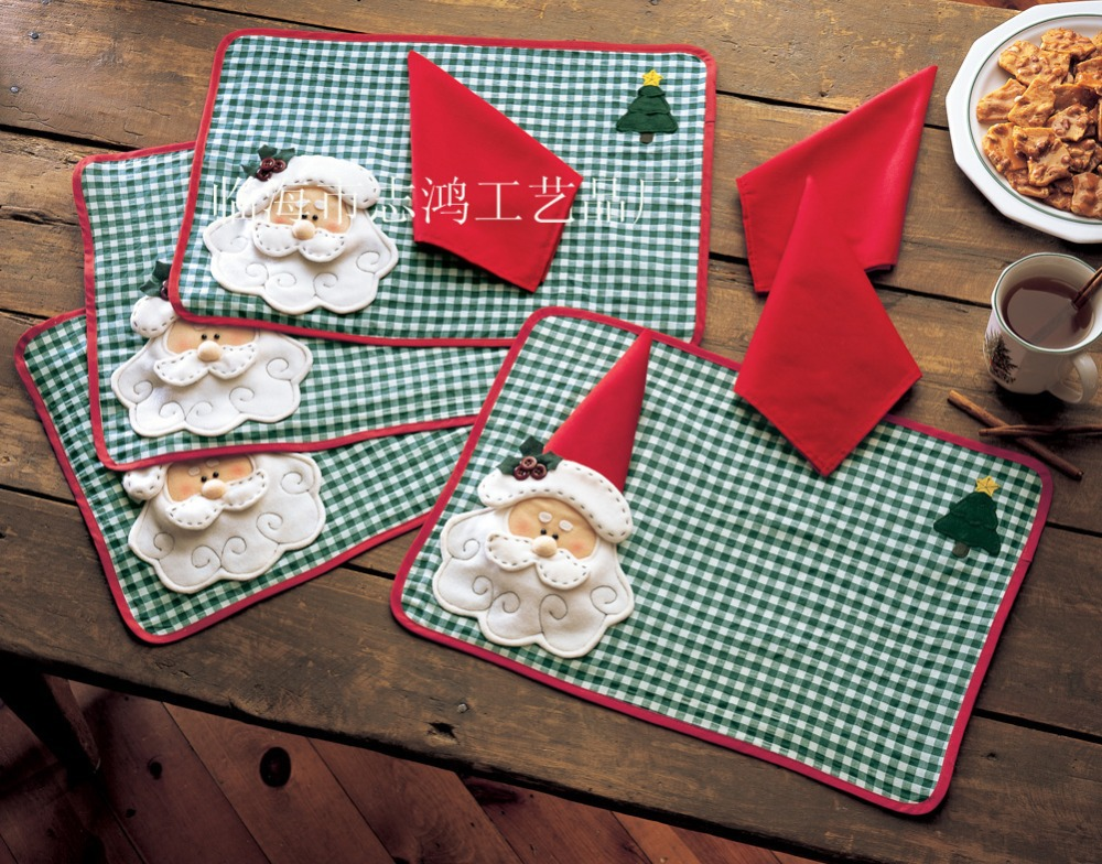 Merry sweet christmas decoration santa checked plaid for Dinner table placemats