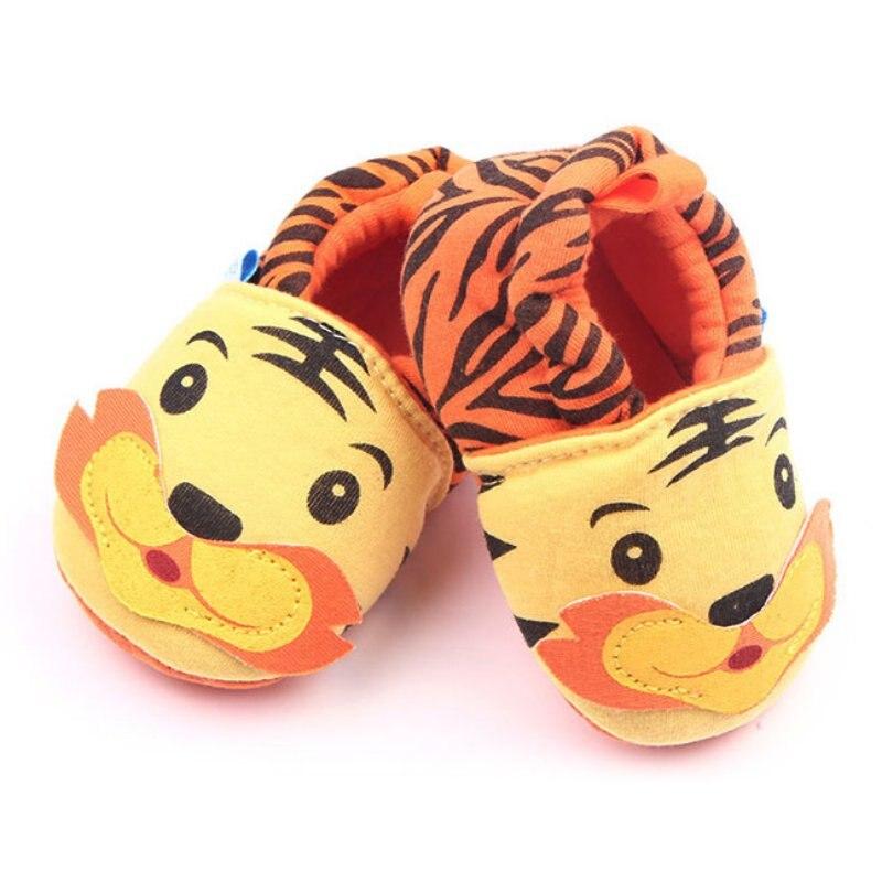 Для новорожденных мультфильм мягкая подошва кроватки обувь для мальчиков ползунки для девочек От 0 до 12 месяцев Милые повседневная обувь