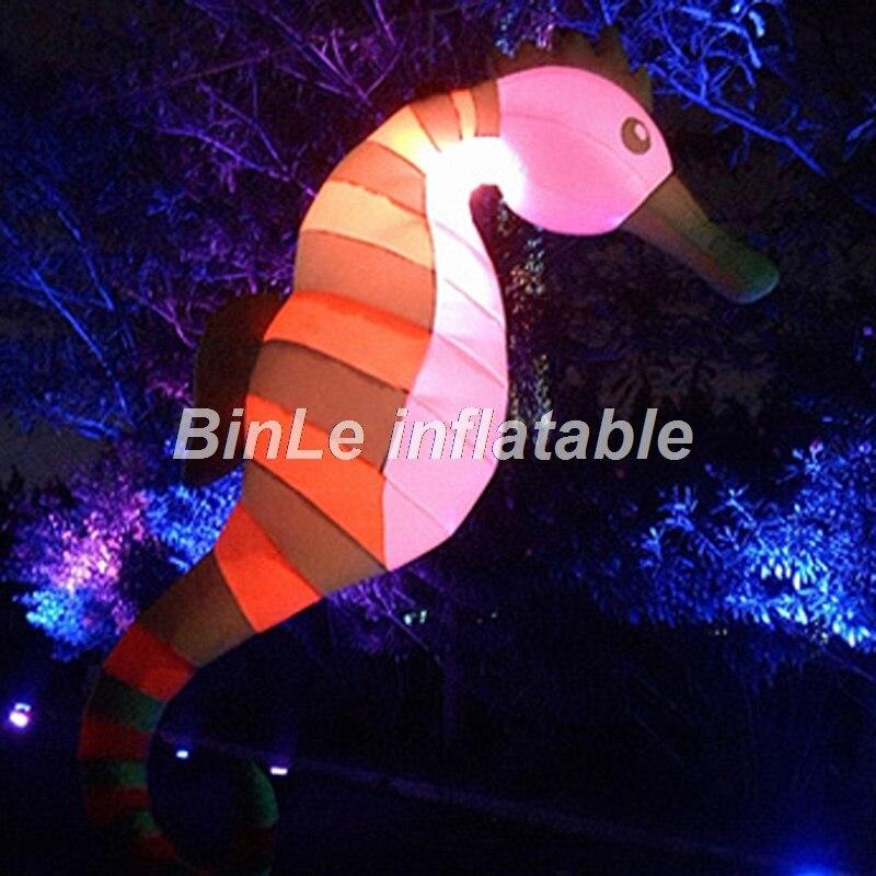 Thème de l'océan ceil suspendu gonflable led cheval de mer éclairage hippocampe gonflable pour la décoration de fête
