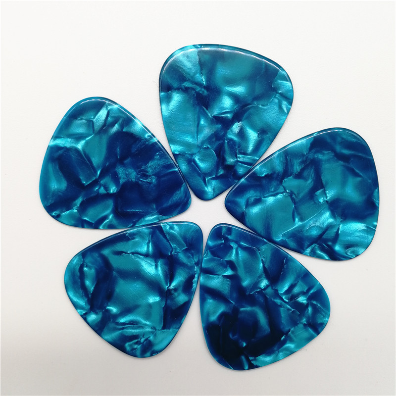 Premimum Quality Pearl Light Blue Guitar Picks Celluloid Sky Blue Guitar Plectrum 0 46mm 1 5mm in Pick from Sports Entertainment