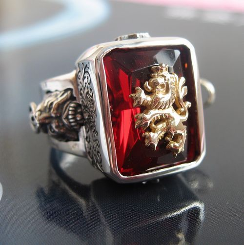 Rasta lion <font><b>vibrations</b></font> 925 <font><b>pure</b></font> silver ruby ring