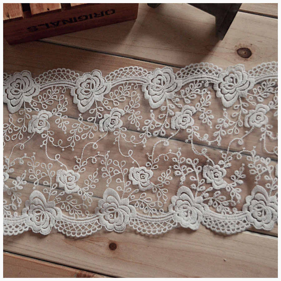 High-quality lace White gauze X1803 court rose DIY manual material/clothing textiles lace embroidery / 18 cm