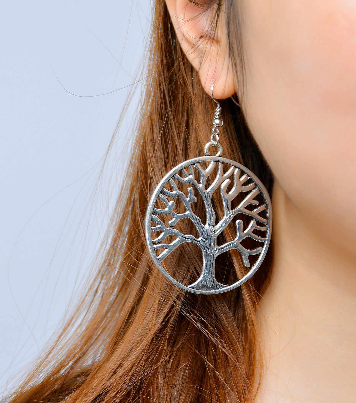 Fashion Personality Alloy Tree Of Life Silver Earrings Exaggerated Round Cutout Long Pendant Earrings Holiday Gift Earrings