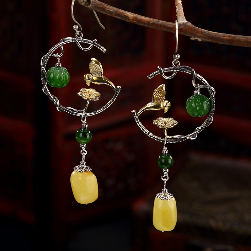 2018 Time-limited Limited Brinco S925 Pure Honey Wax Amber Mosaic And Tian Yu Jade Lotus Butterfly Magpie Lady Earrings