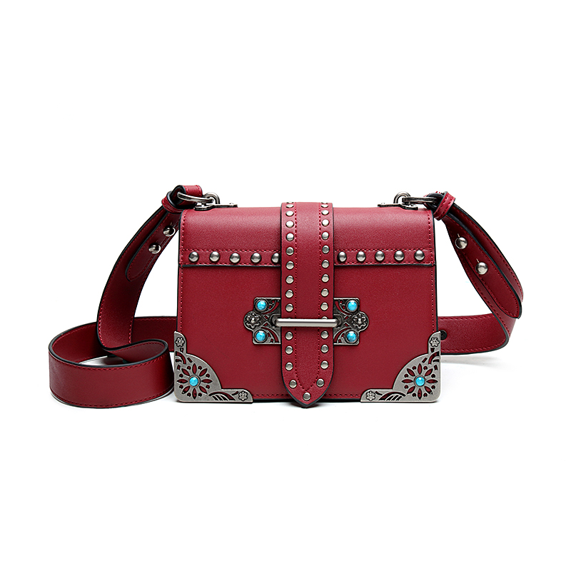 2018 Luxury Women Messenger Bag Brand Designer Crossbody Bags For Lady Casual Fashion Rivets PU Leather Clutch Bag 5 Color fashion women s crossbody bag with rivets and black color design
