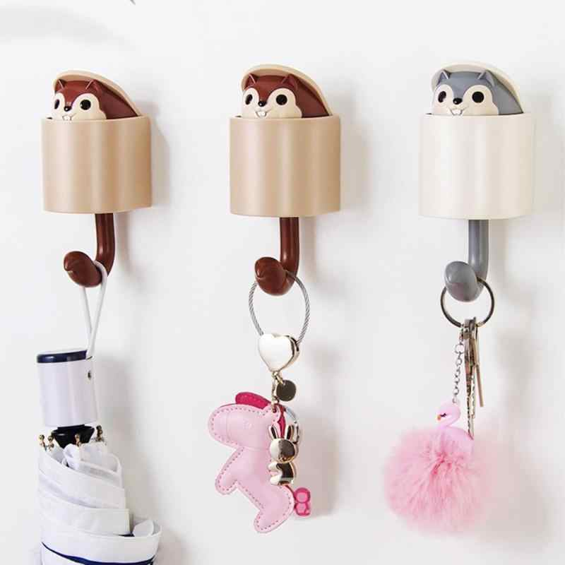 1pc Creativity Outstretch Squirrel Hook Coat Plastic Hook Wall Home Keys Hat Cute Holder Clothes Hanger Wall Mounted Coat Hook