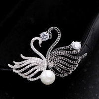Di lusso di Alta Qualità CZ Zircone Mandarin anatra Cigno Spille Pins Gioielli per Le Donne Ragazze Prom Dresses 001723