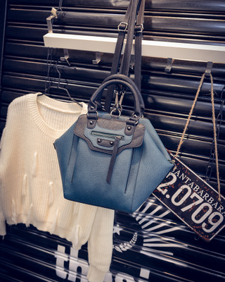 New backpack female Shoulder Messenger Bag with portable all-match personality street fashion handbags