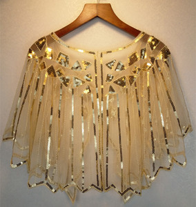 Image 2 - JaneVini זהב נצנצים חתונה לבוש הרשמית גלימת בולרו קצר משיכת הכתפיים כורכת גלימות מבריק לבן נשים צעיף Jacket Piumino דונה
