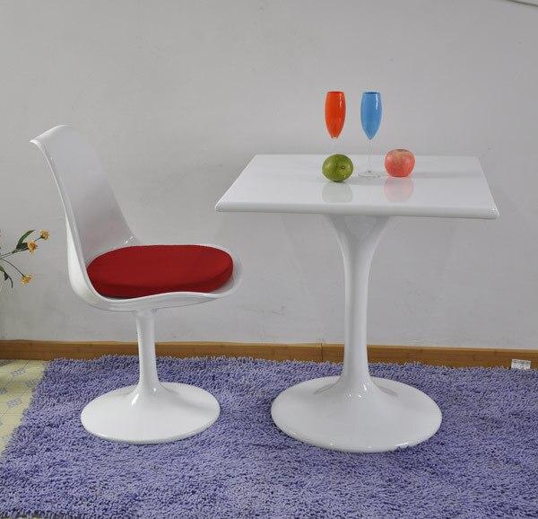 Tulipán moderna mesas de comedor, cristal con estilo y mesa auxiliar ...