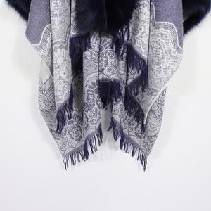 Image 3 - 2020 Winter Foulard Women Poncho With Fur Collar Floral Female Cashmere Shawls Scarf Jacquard Skill Warm Pashmina Poncho Tassel