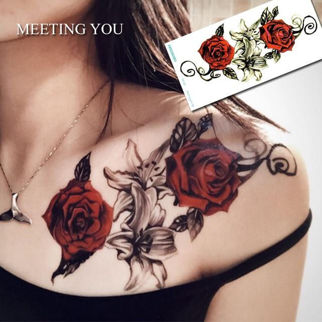 1 Unid Tiene Dos Rosas Y Lirios Tatuaje En El Pecho De La Mujer