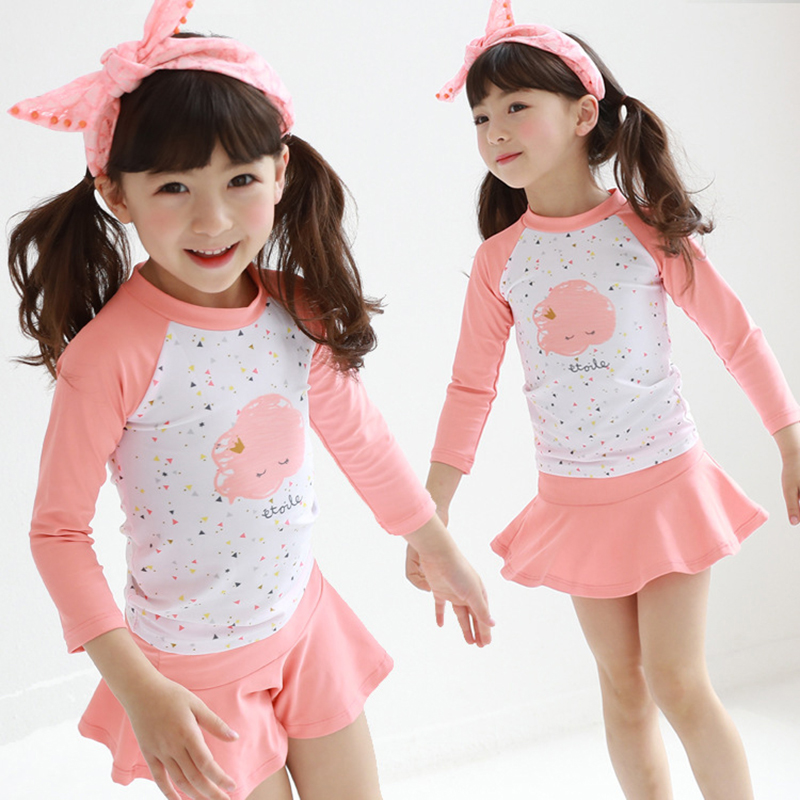 Children Two Pieces Swim Suit With Cap Sun-proof Girl Long Sleeve Swimsuit 2019 Kids Cute Flamingo Skirted Swimwear Bathing Suit