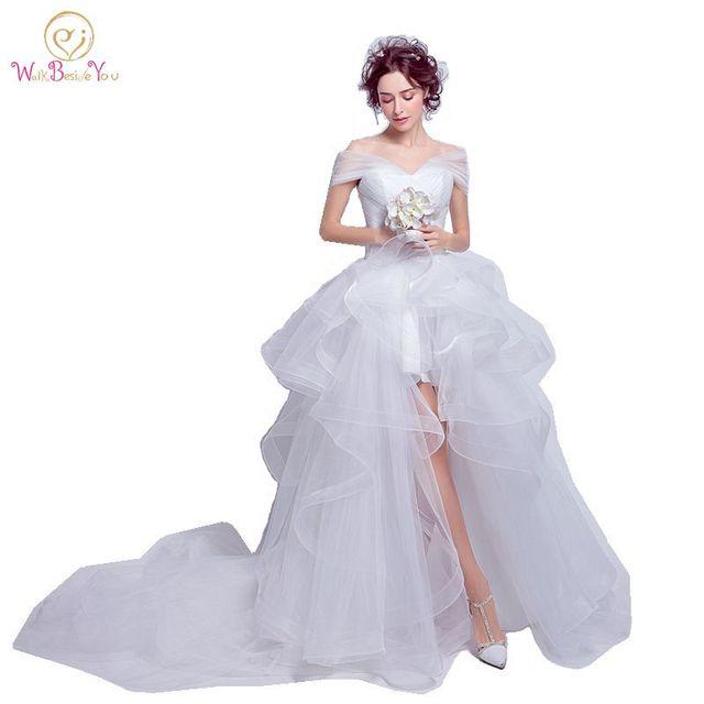 2b7cd7ea84501 Pas cher Robe De Mariée Gothique Sexy Robes De Mariée Courte Devant Longue  Dos Lacets Dos