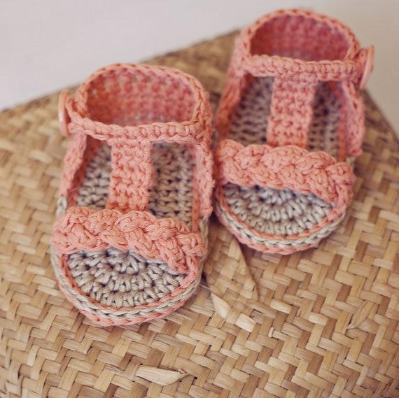 Free shipping handmade Crochet PATTERN baby shoes blue Short Cuff ...