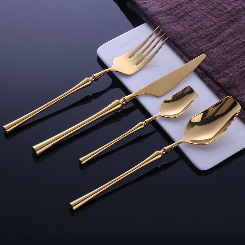 24pcs 304 stainless steel cutlery set High grade titanium mirror light Western steak cutlery spoon gift fork spoon knife set24pcs 304 stainless steel cutlery set High grade titanium mirror light Western steak cutlery spoon gift fork spoon knife set