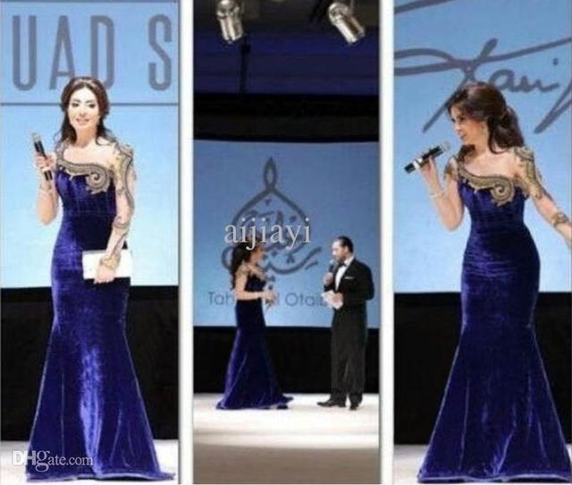 2017 Арабский Myriam Fares Знаменитости Платья Русалка Одно плечо Длинные Рукава Royal Blue Вышивка Красной Дорожке Платья