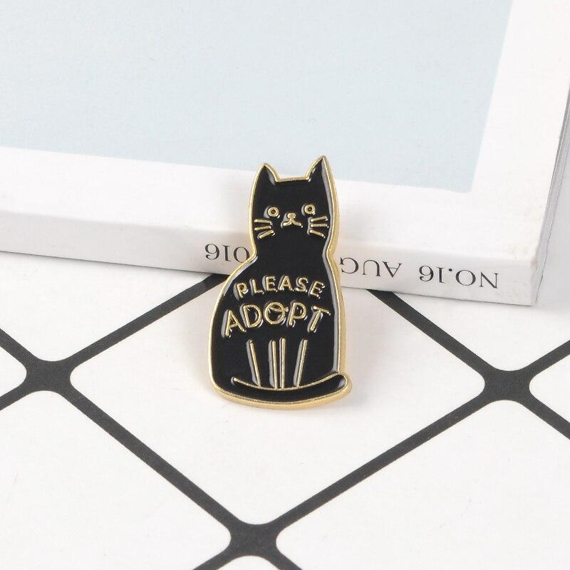 Pin esmaltado de gato negro, broche de animales de dibujos animados, distintivo de vida, lindos broches de gatito para amigos, regalo de joyería para amantes de animales para niños