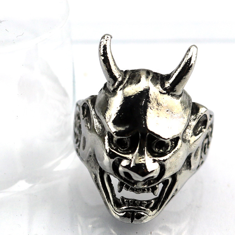 Halloween OW BLEACH Evil spirits Mask Ring party Alloy Act the role ofing is tasted