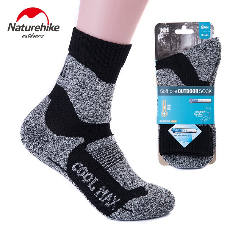NatureHike Men Socks Hiking Climbing Skiing Outdoor Running Keep Warm Sport Socks Male Grey Green Winter