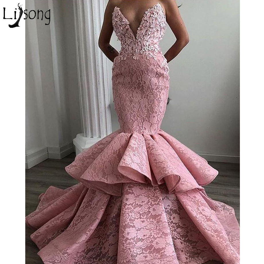 Sexy Dusty Pink Lace Mermaid   Evening     Dresses   2018 Ruffles Ruches Floral   Evening   Gowns Deep V-neck Formal   Dress   Robe De Soiree