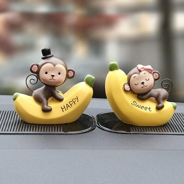 1 יחידות רכב קישוט קישוט אופנתי Cartoon היפה קוף בובת בננה לוח מחוונים רכב אביזרי פנים מכונית