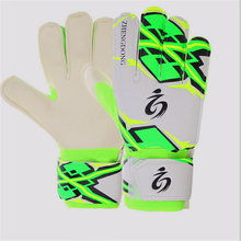 2018 new arrival children adult professional soccer goalkeeper gloves outdoor sports  / football
