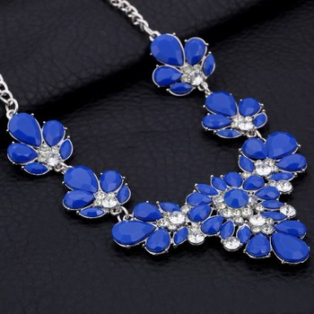 MINHIN Women Statement Crystal Choker Necklace Multi Colors Synthetic Gemstone Jewelry Wedding Short Design Collar Necklace