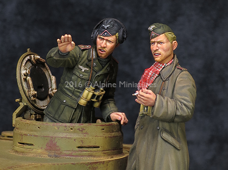 1:35 German armored forces in North Africa battlefield resin person