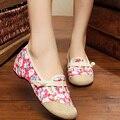 Sapatos Bordados do vintage à Moda Antiga Pequim Apartamentos Pano Estilo Nacional Chinês Sapatos Casuais Mulheres Sapatos de Dança de Sola Macia Sapatos Único