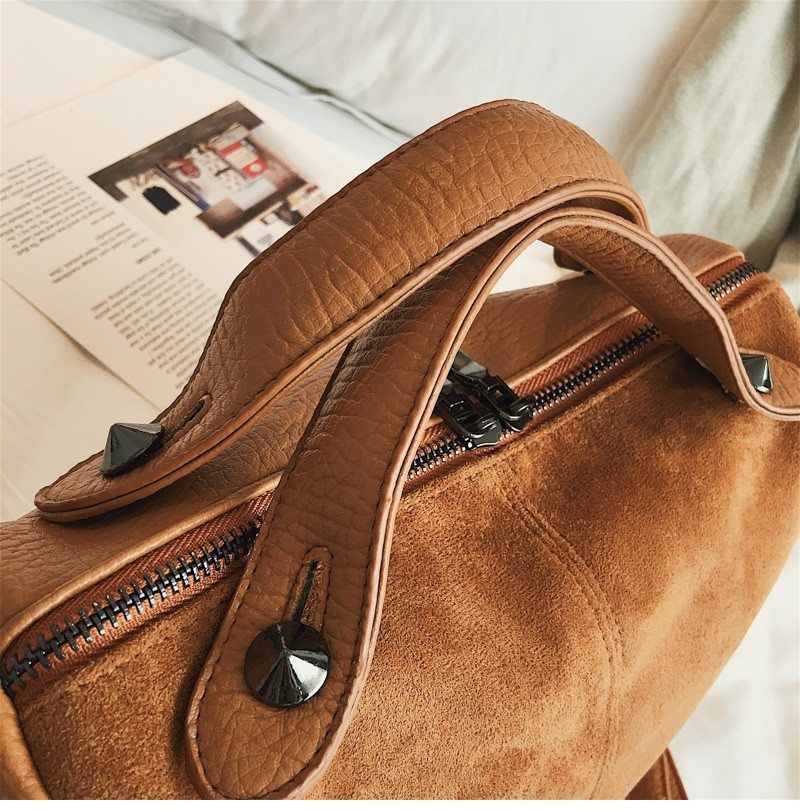 Vintage Rivet women Handbag Matte leather Boston Big Tote bag Winter new Shoulder Bags for Women Messenger Bag Blosa Sac (6)