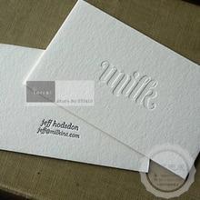 Изготовленные на заказ дизайнерские тисненые бумажные визитные карточки с быстрой бесплатной доставкой DHL express.