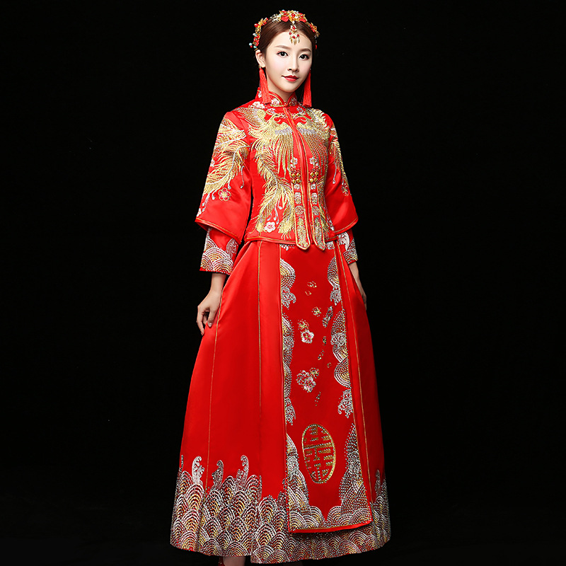 Mariée rouge fil d'or broderie Dragon Phoenix Tailing Vintage mariage Qipao traditionnel chinois robe longue Cheongsam robe