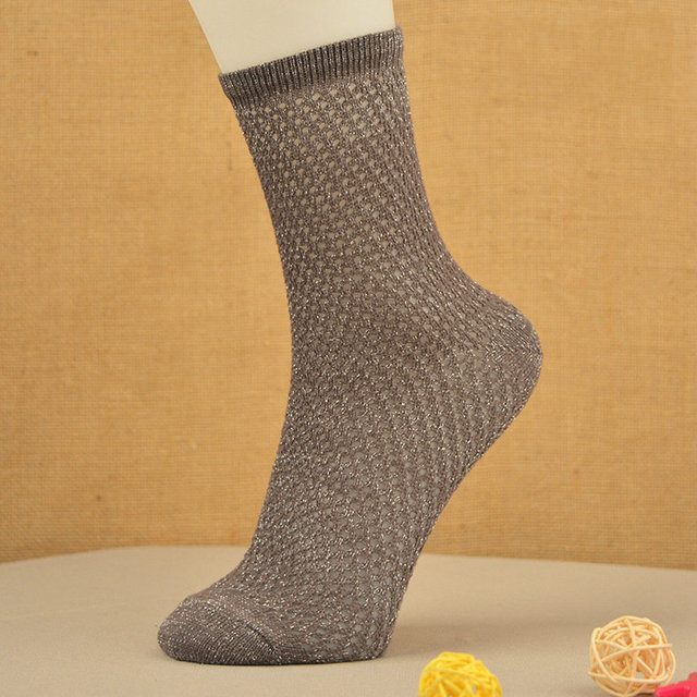 Las ventas calientes Colorida Ultrafina Transparente Hermoso de algodón Elástico Corto calcetines de Mujer Calcetines calcetines de Rejilla de oro plata a cielo abierto