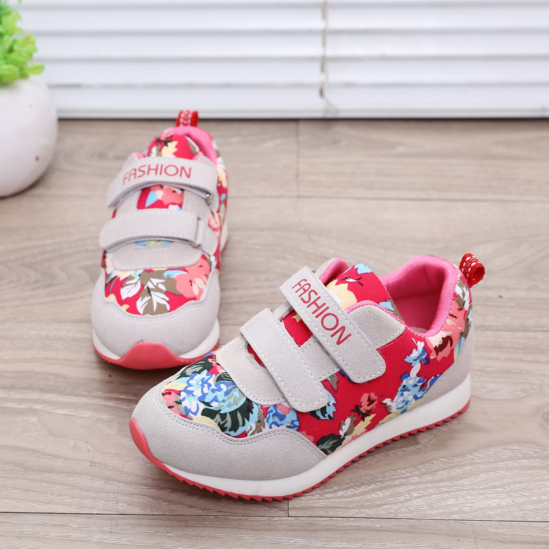 2017New fashion hot sale children s shoes girls Wear resistant non slip portable sports casual shoes