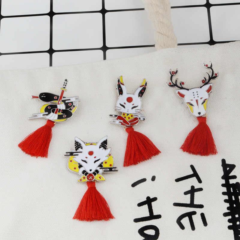 MINGQI stile Giapponese Cartone Animato animale Spille s con nappe rosse Volpe cervo coniglio snake Spilla Smalto Spille monili Delle Donne di modo distintivo