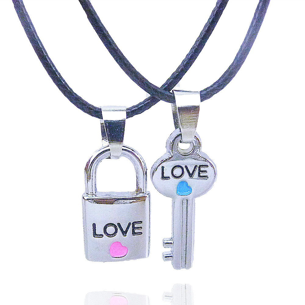 Metal Lock and Key Pendant Lover Necklace Lover Present Valentines Gift Couple Jewelry 2 Pieces / Pair /lot