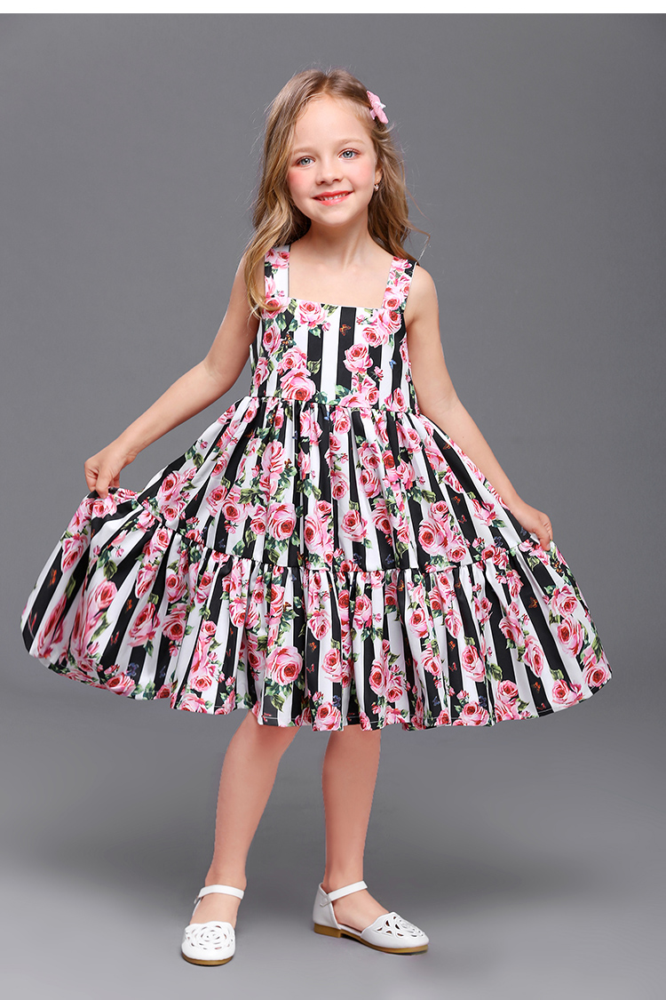 Summer children fashion clothes family matching outfits kids mom girl striped flower holiday dress mother daughter beach dresses summer brand children chiffon family look clothes kids mom girl flower print beach dress matching mother daughter fashion dress