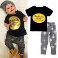 Roupa Dos Miúdos verão Letra T-shirt + Calças 2 pcs Conjuntos de Roupas de Bebê Menino Meninos Traje Do Natal Roupas de Bebê Crianças Roupas