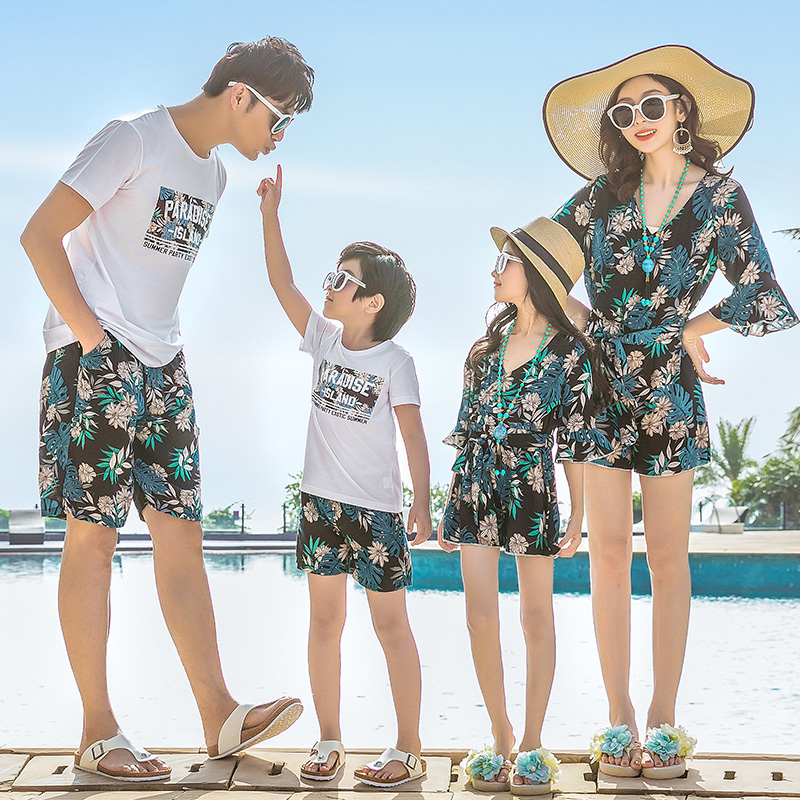 Beachwear Family Matching Clothes Mother Daughter Dresses Mommy And Me Outfits Look Mom Mum Daughter Dress Dad Son Clothing Sets