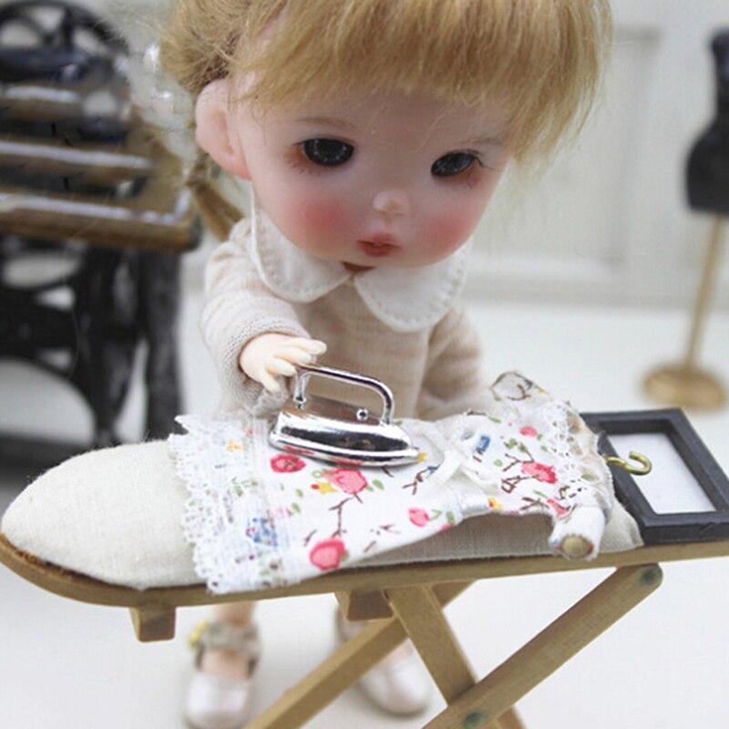 1:12 Mini Dollhouse  Furniture Toys Miniature Adornment An Iron Clothes Tool Doll House Accessories