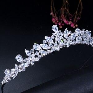Image 2 - CWWZircons Yüksek Kalite Kübik Zirkonya Romantik Gelin Çiçek tiara taç Düğün Nedime saç aksesuarları Takı A008